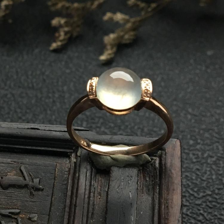 镶玫瑰金钻石冰种无色戒指