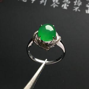 镶白金钻石冰种绿晴水戒指