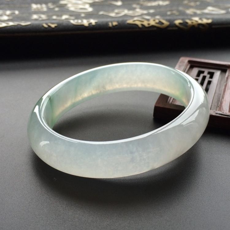 冰种略飘花贵妃镯(56mm-48mm)第3张
