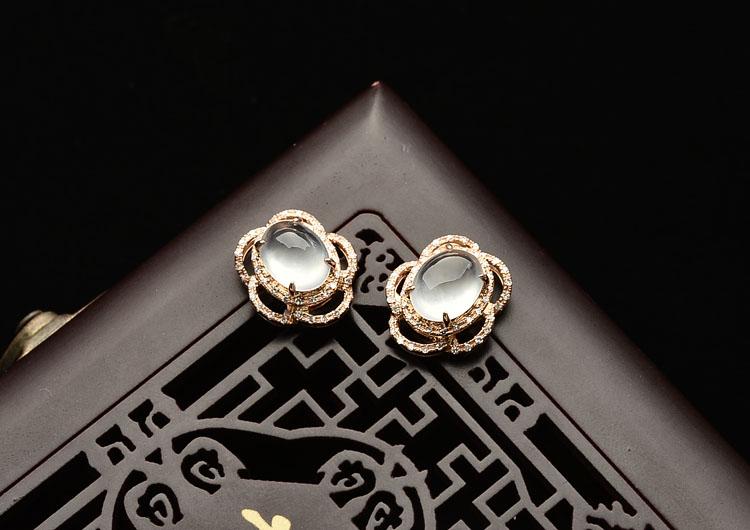 玻璃种无色镶玫瑰金钻石耳钉(一对)