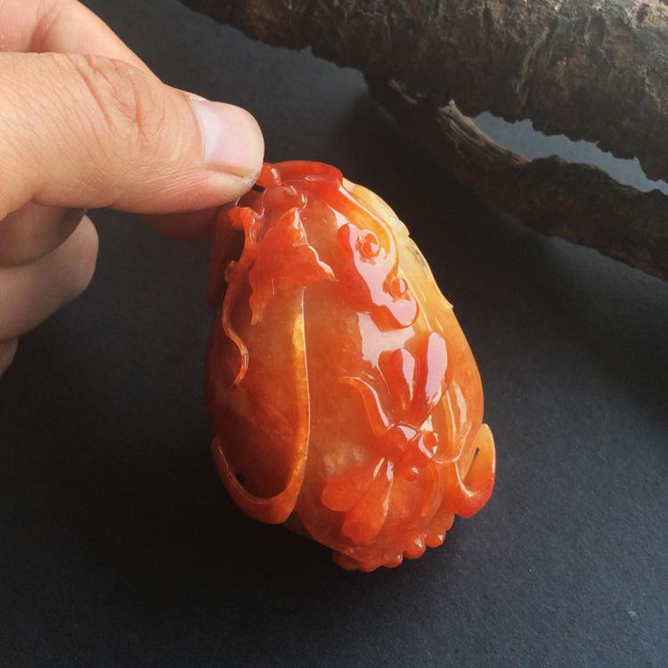 糯冰种红黄翡玉兰花手玩件
