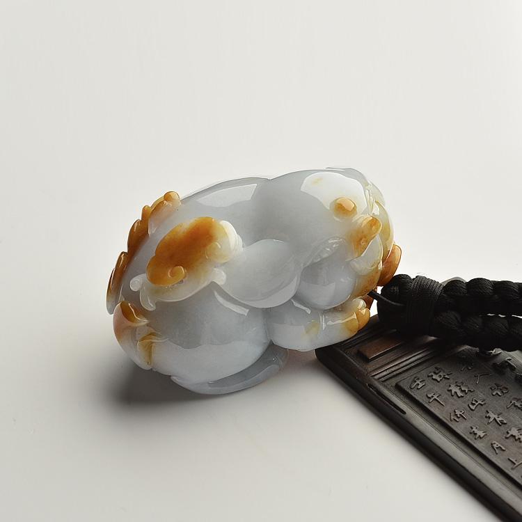细糯种褐黄翡福猪手玩件