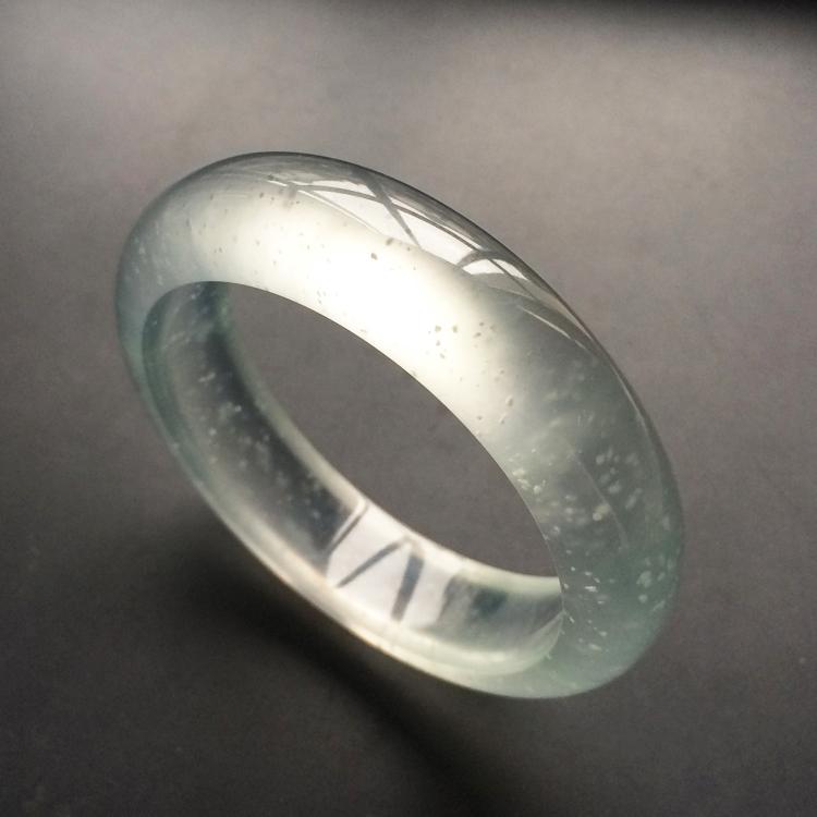 玻璃种强莹光无色手镯(55.4mm)第2张