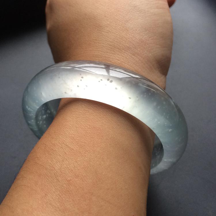 玻璃种强莹光无色手镯(55.4mm)第6张