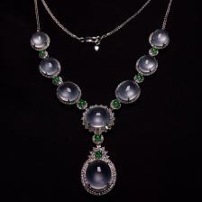 玻璃种镶白金钻石项链翡翠