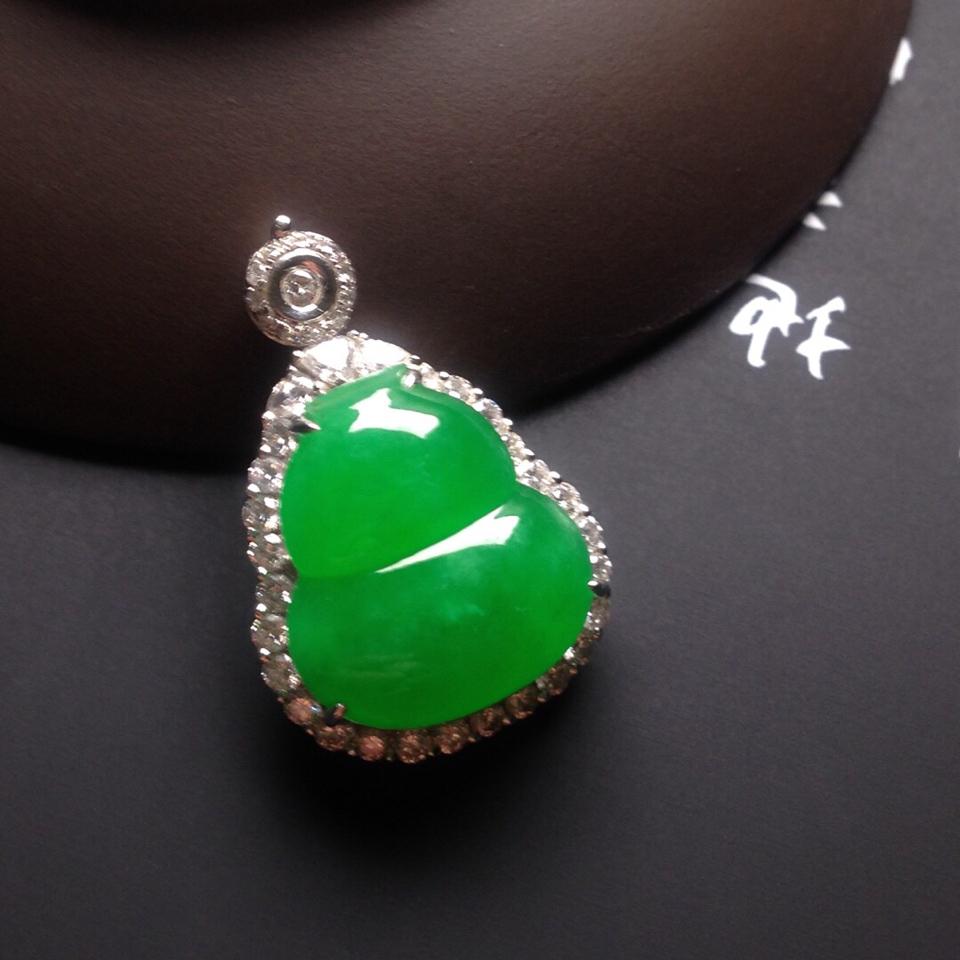 冰种满绿镶白金钻石葫芦戒指/胸坠两用款翡翠