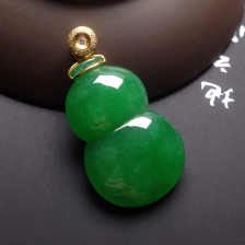 冰种浓绿葫芦挂件翡翠