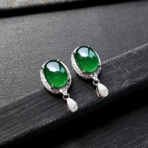 冰种深绿镶白金钻石耳钉一对