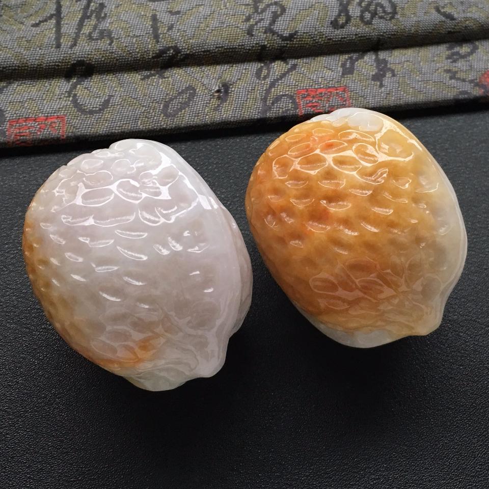 细糯种黄翡核桃手玩件