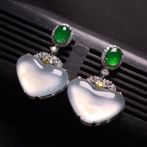 冰玻种无色镶白金钻石耳环翡翠