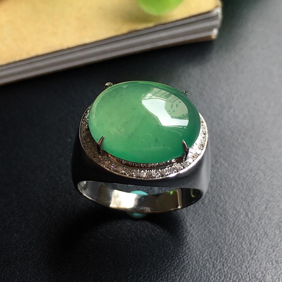 镶白18K金钻石糯冰种晴水色蛋面戒指