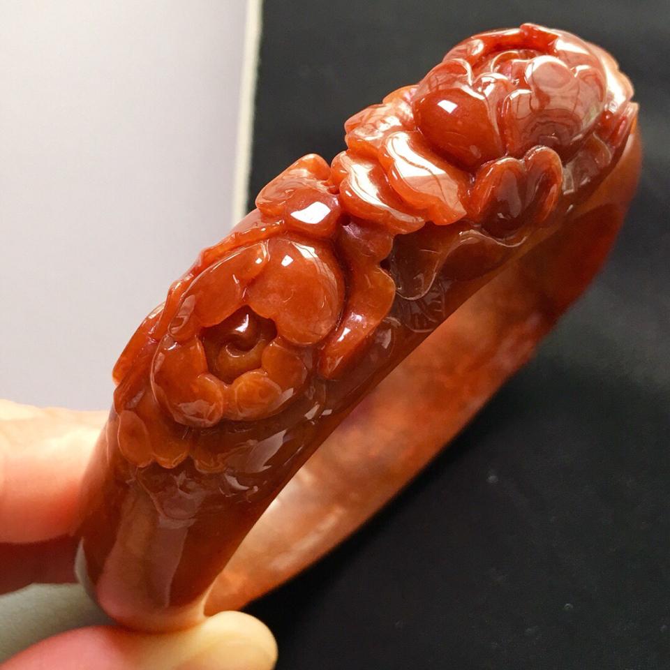 糯冰种红翡雕花手镯(60.5mm)翡翠