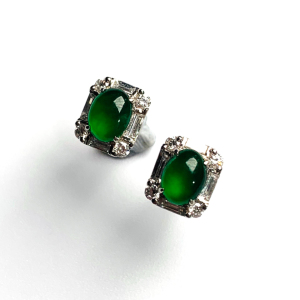 冰种阳绿镶白金钻石耳钉翡翠