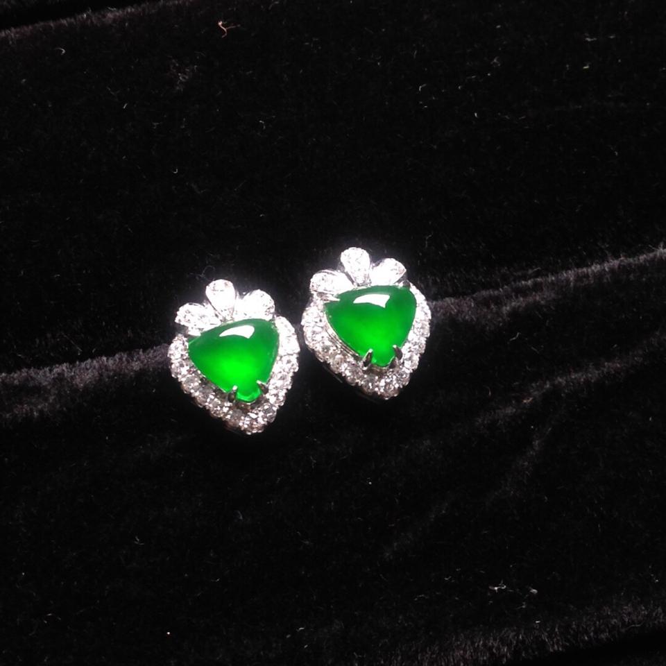 冰种满绿镶白金钻石耳钉翡翠