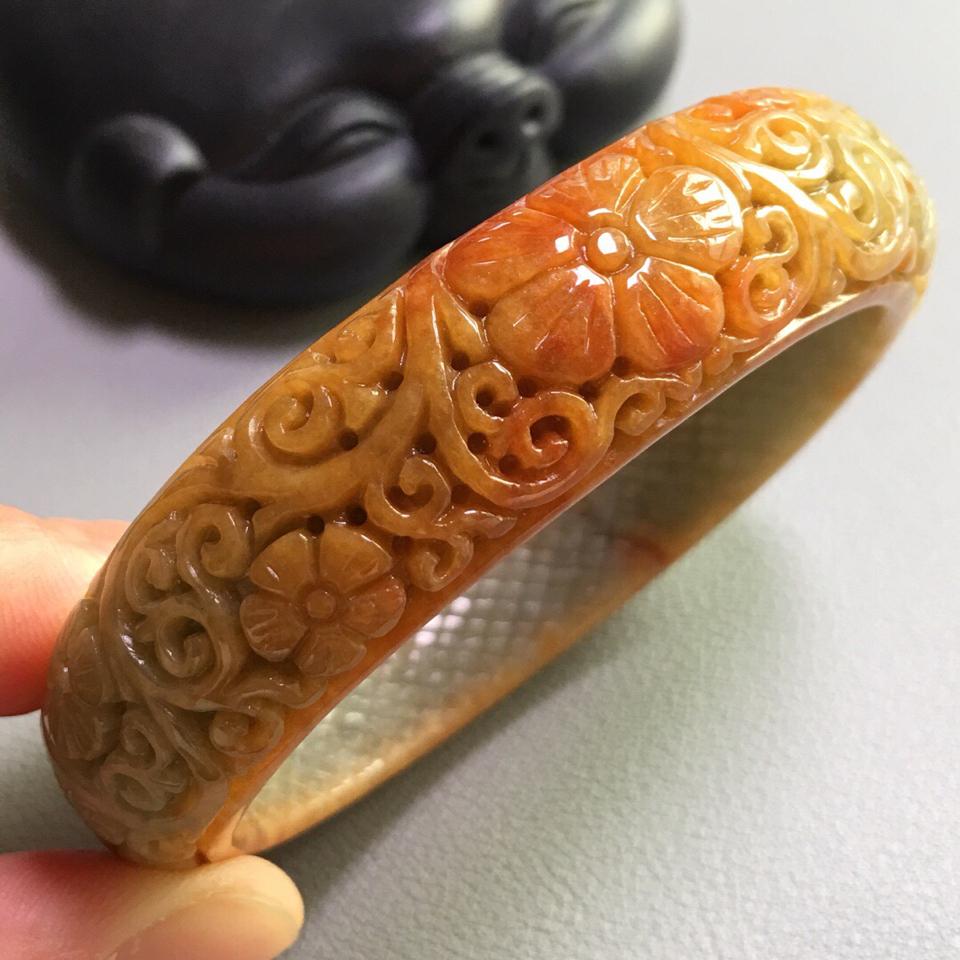 糯冰种红翡雕花手镯(56.3mm)翡翠