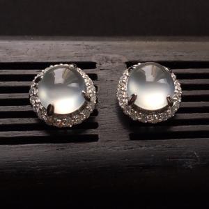 冰种镶白金钻石耳钉翡翠