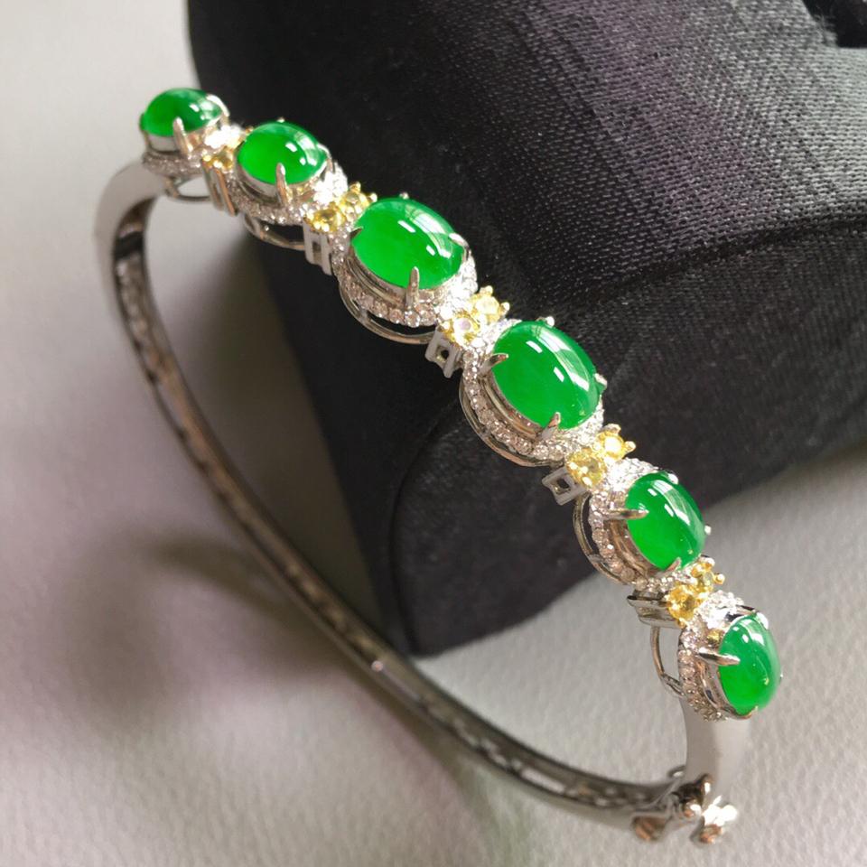 冰种阳绿镶白金钻石贵妃圈手环翡翠