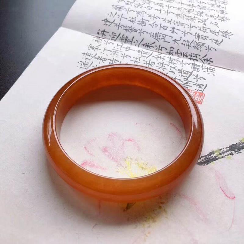 冰糯种满圈红翡平安镯第2张