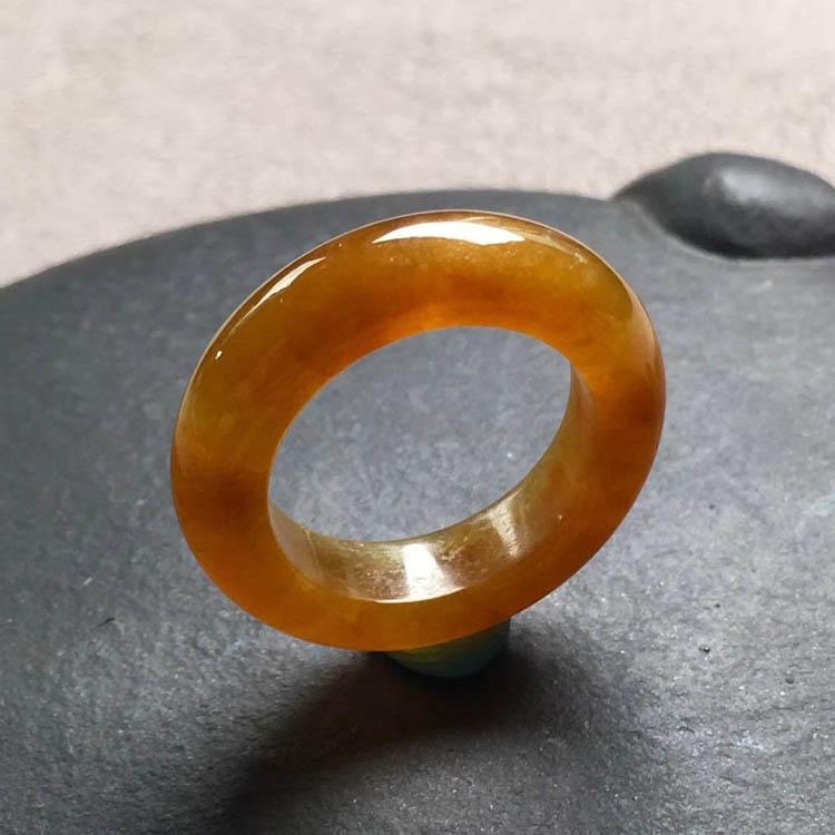 糯冰种起胶红翡指环指圈第1张