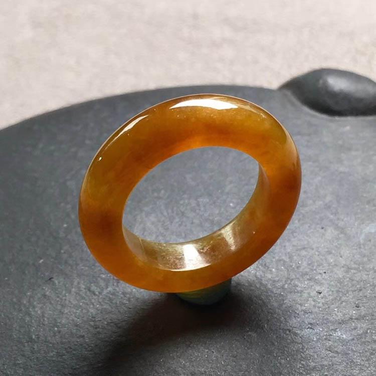 糯冰种起胶红翡指环指圈