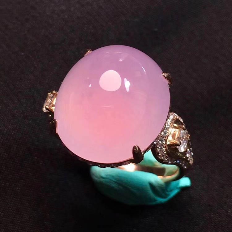 粉紫色蛋面冰种翡翠戒指第1张