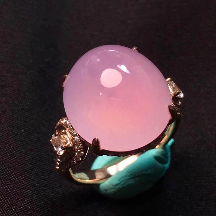 粉紫色蛋面冰种翡翠戒指第3张