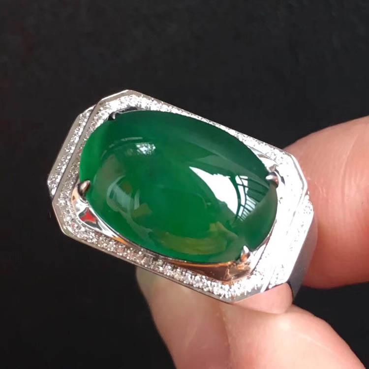 菠菜绿冰种翡翠戒指(蛋面)第3张