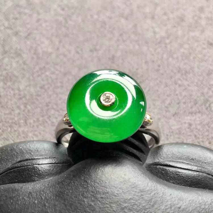 阳绿冰种平安扣翡翠戒指第4张