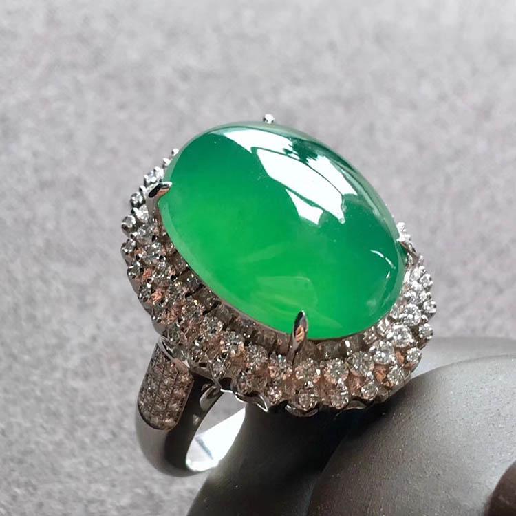 高冰种阳绿蛋面翡翠戒指、吊坠(两用)第1张