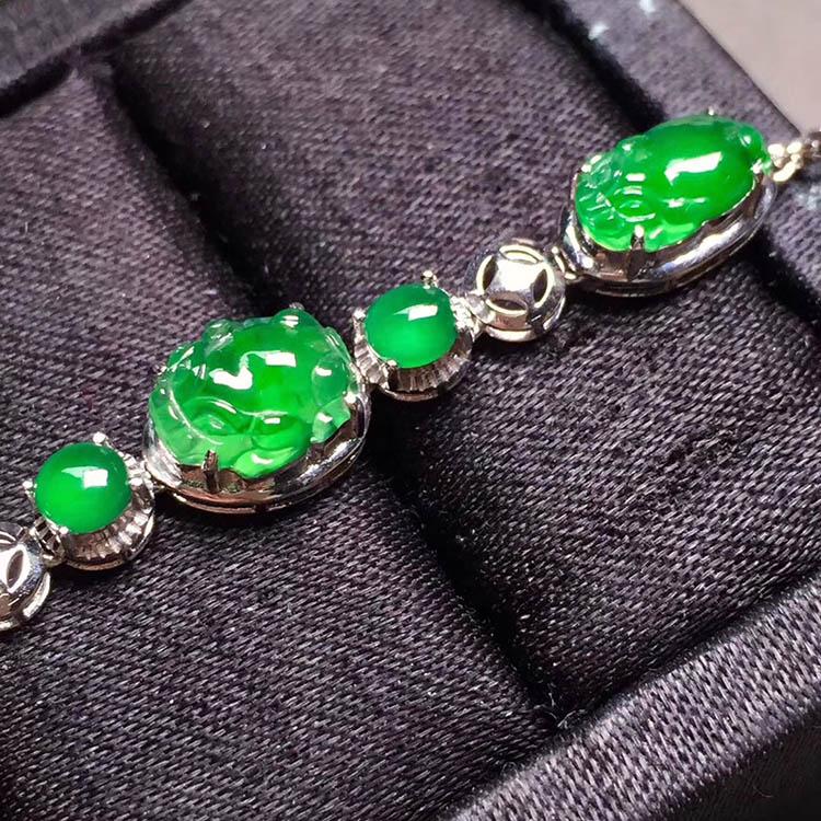 冰种阳绿貔貅翡翠手链第7张