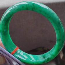 糯种满绿翡翠手镯(大正圈62mm)