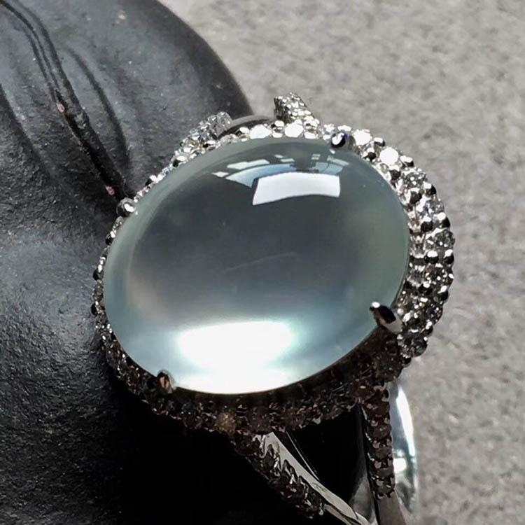 玻璃种无色蛋面翡翠戒指第4张