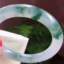 飘花冰糯种正圈翡翠手镯
