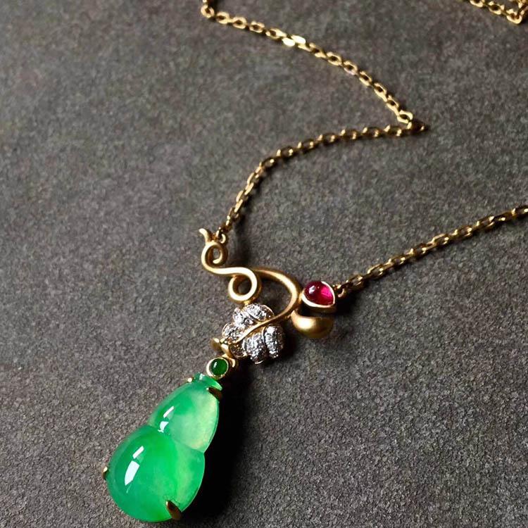 冰种阳绿葫芦翡翠项链第7张