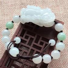 糯种乳白色貔貅翡翠手链