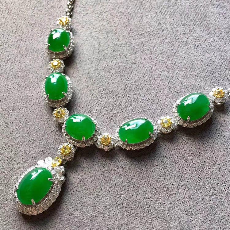 冰种满绿蛋面翡翠项链第3张