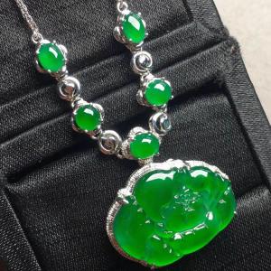 冰种阳绿牡丹花锁骨翡翠项链