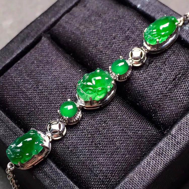 冰种阳绿貔貅翡翠手链第5张