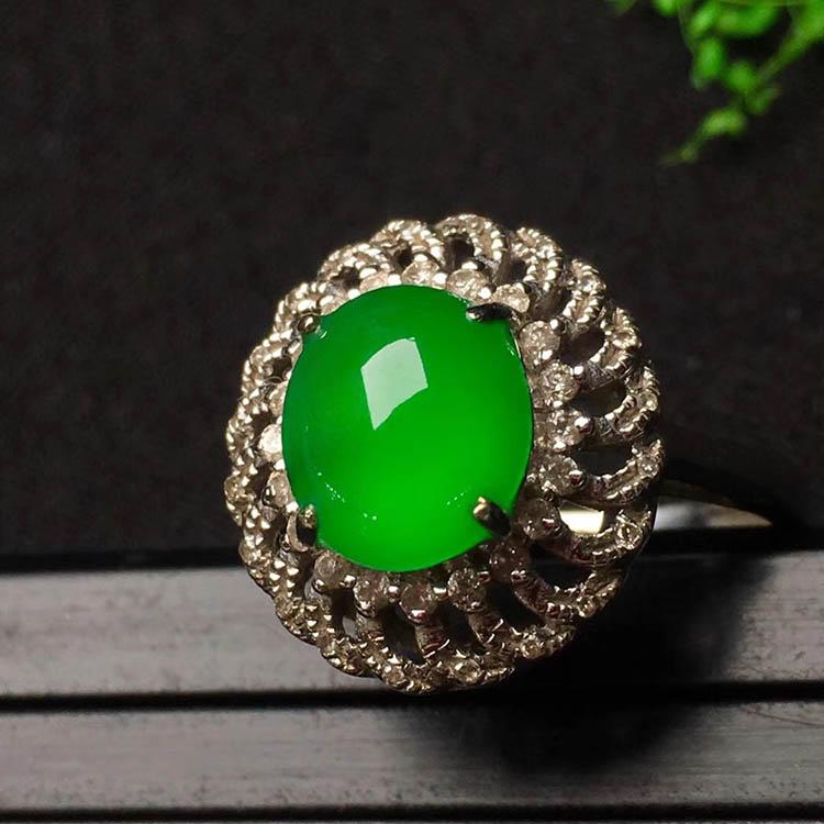 冰种阳绿蛋面翡翠戒指第3张