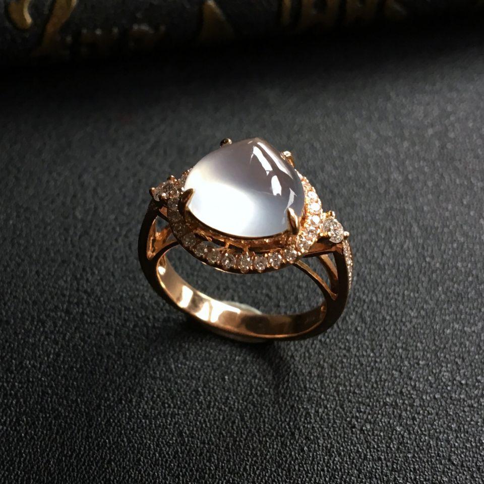 冰玻种无色翡翠戒指 镶玫瑰金钻石