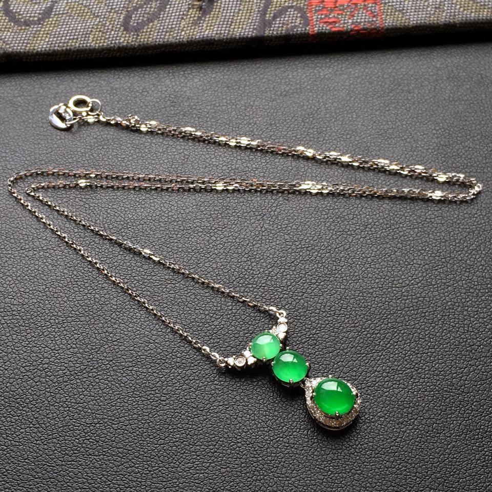 冰种翠色锁骨翡翠链镶白金钻石