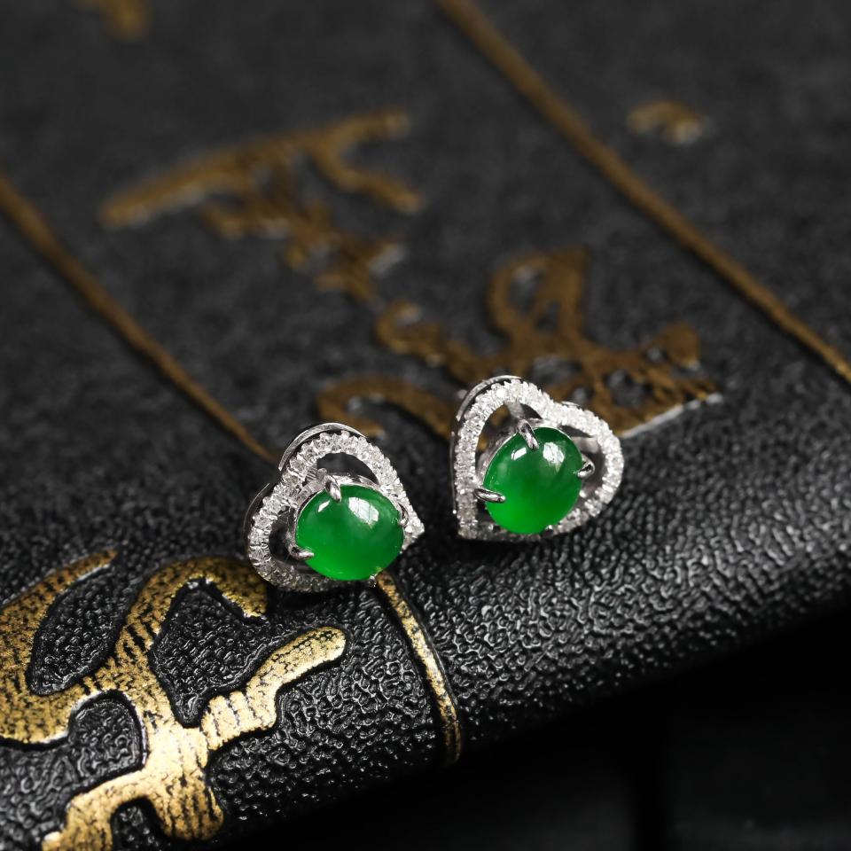 浓绿糯冰种翡翠耳钉 镶白18K金钻石第4张