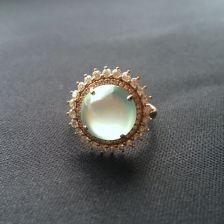 淡晴水玻璃种翡翠戒指 镶玫瑰金钻石