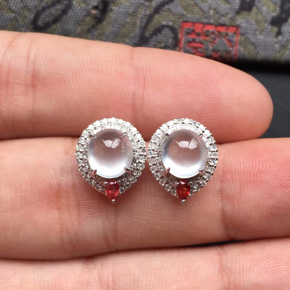 无色冰玻种起光翡翠耳钉一对 镶白金钻石第6张