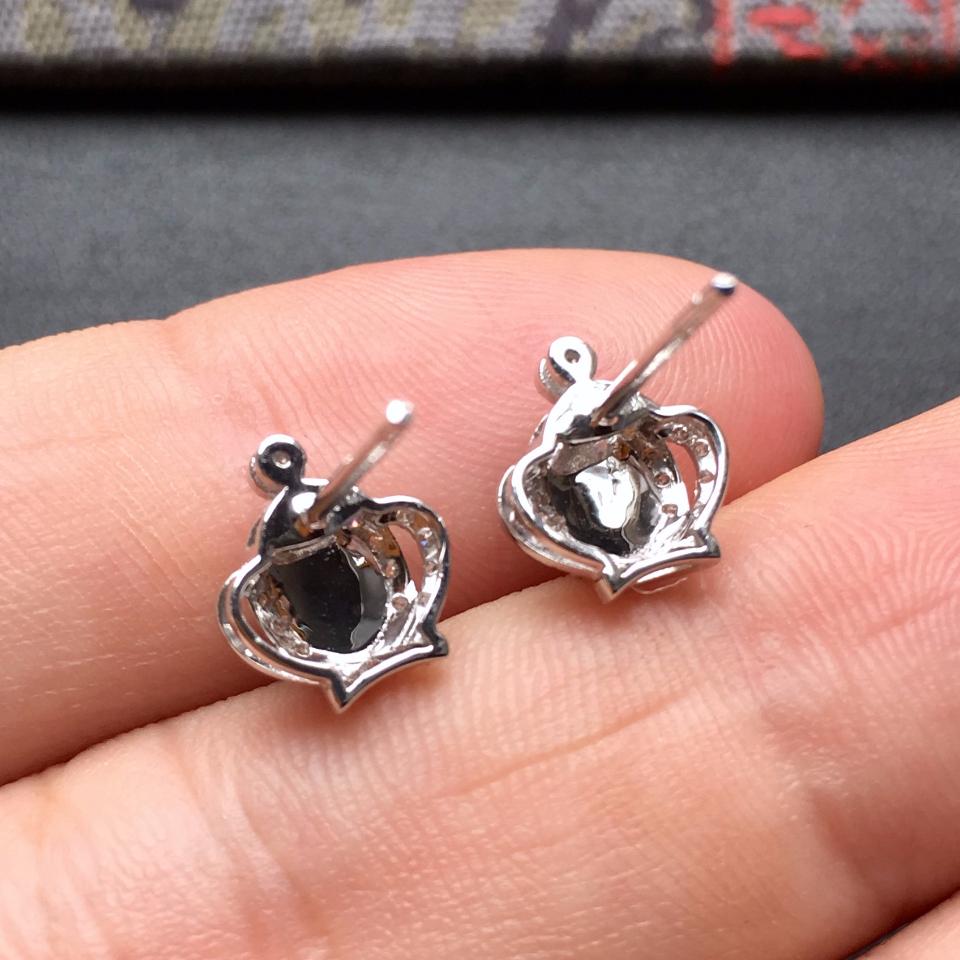 冰种翠色皇冠翡翠耳钉一对 镶白金钻石第8张