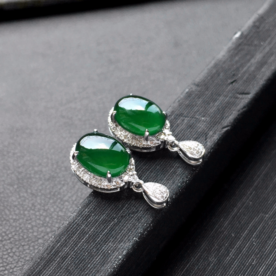 深绿冰种翡翠耳钉一对 镶白金钻石第4张
