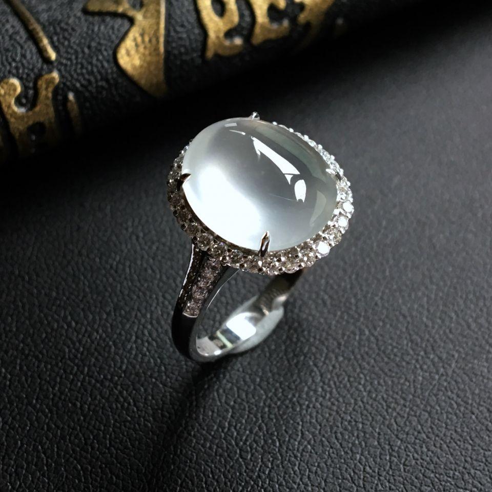 无色玻璃种翡翠戒指 镶白金钻石
