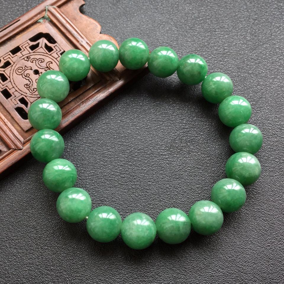 浅绿细糯种圆珠翡翠手串(10.5mm)