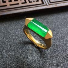 冰种阳绿翡翠镶黄18K金戒指