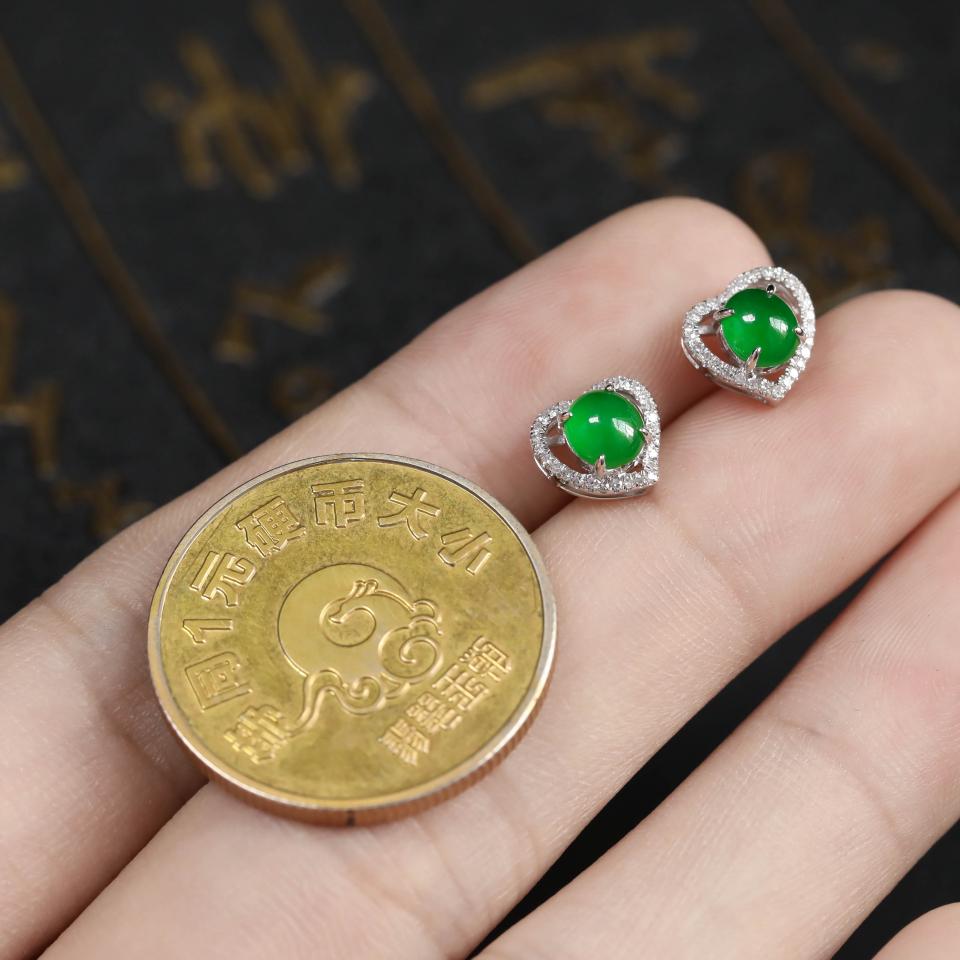浓绿糯冰种翡翠耳钉 镶白18K金钻石第6张